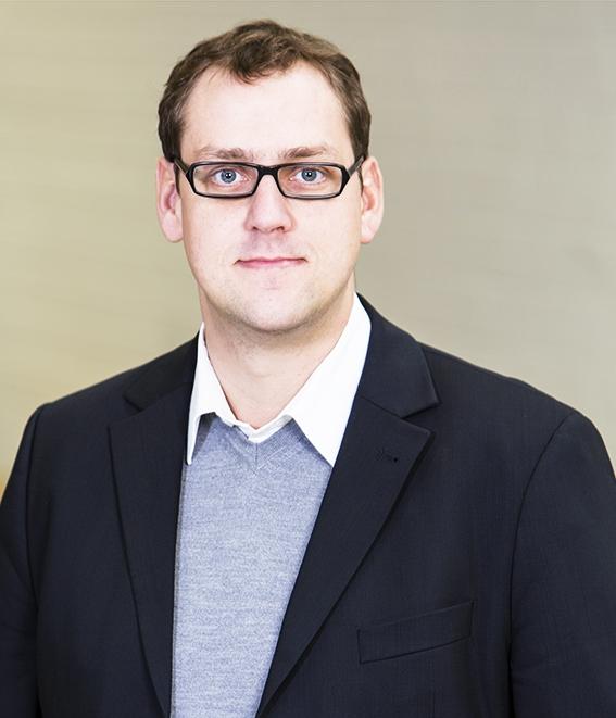 Dr. Philipp Aumann